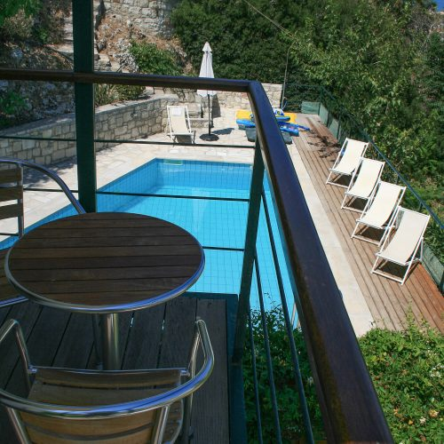 Cosy Apartment Balcony - Pool View