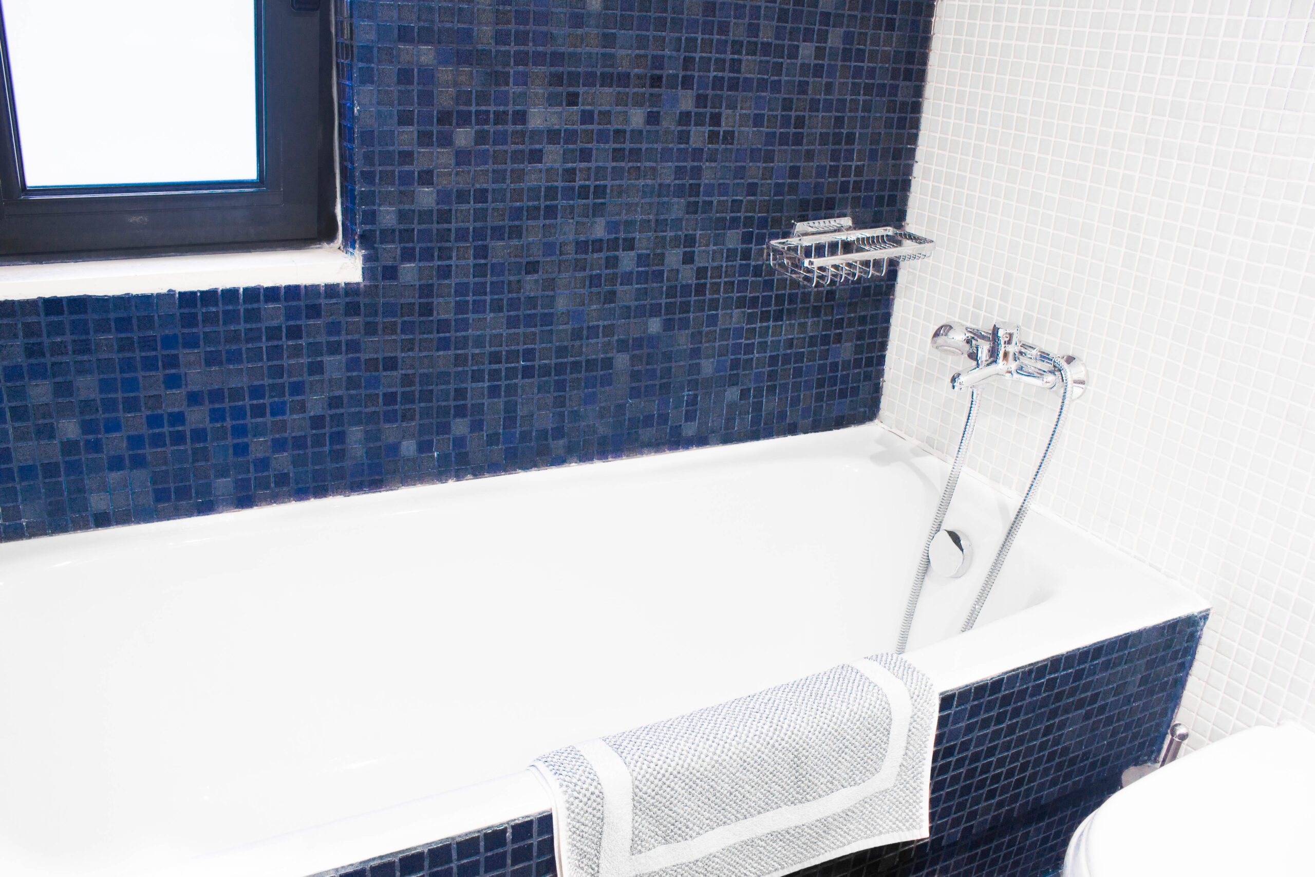 Comfortable Apartment Bathroom of Pelagos Holidays Apartments