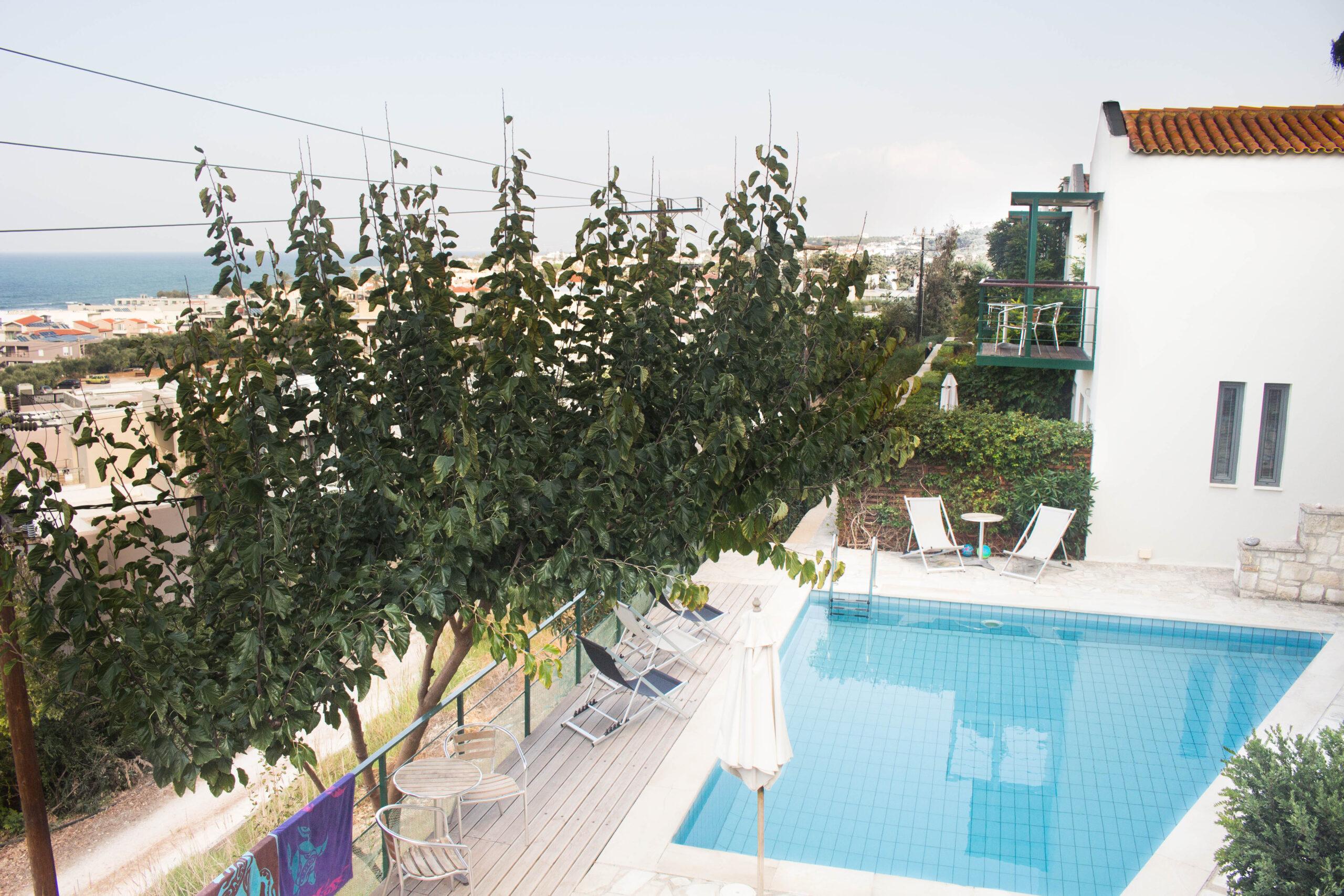 Pelagos Holidays Apartments Swimming Pool